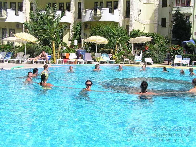 Club Hotel May Garden